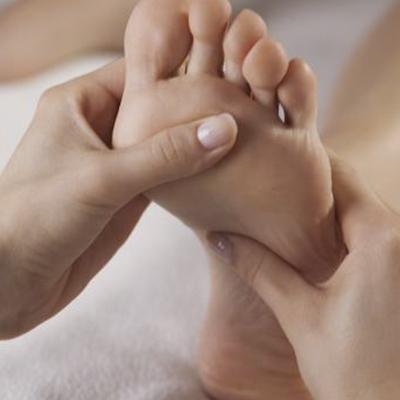Podologo en Zaragoza | Rafael Navarro Félez | evitar enfermedades de los pies